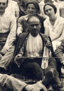 Pontic Greek kemenche player, Greece