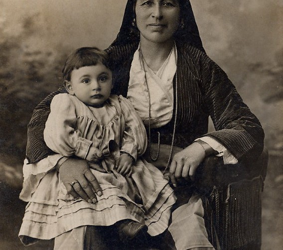 Anatolian Greek woman and child