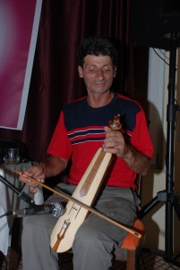 Kemenche player İlyas Parlak from Surmene, Trabzon